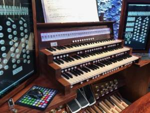 Hauptwerk Renatus-UHT Custom Virtual Pipe Organ