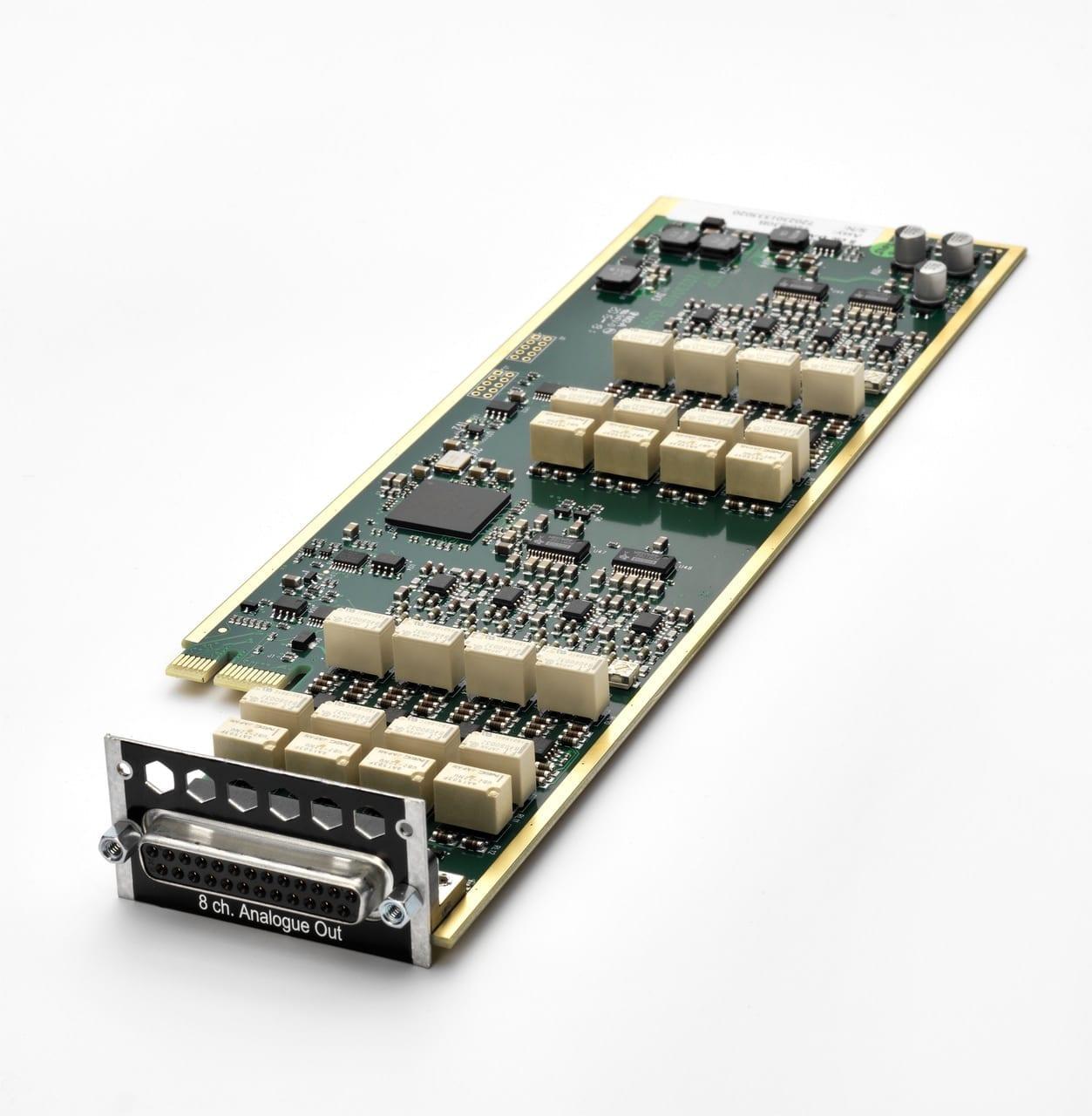 AVID Pro Tools | MTRX Base unit