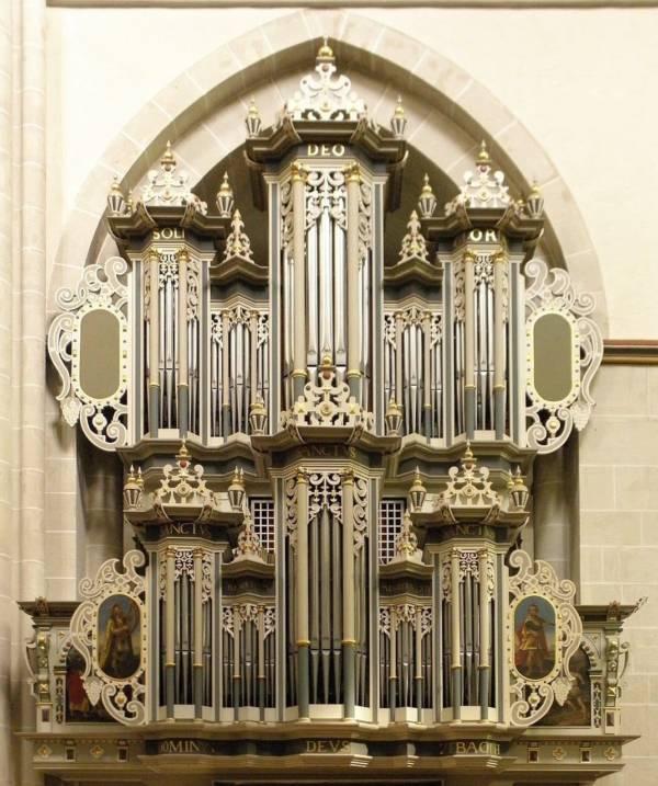 Pipeloops Alfred FÌāÕÌā__hrer organ of Riddagshausen